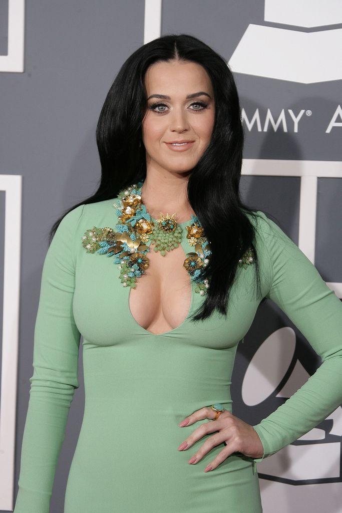 Katy Perry Brüste ausgesetzt