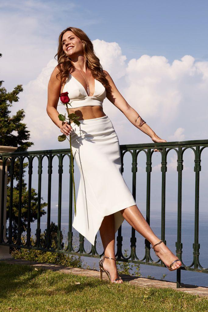Wunderschöne Kleider: So entsteht Nadines Bachelorette-Look ...