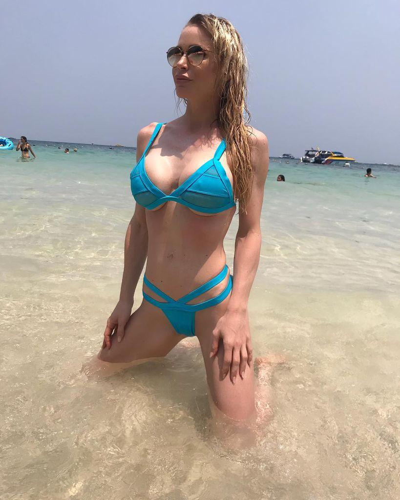 Video Ramona Bernhard nude (77 foto and video), Pussy, Sideboobs, Twitter, braless 2017