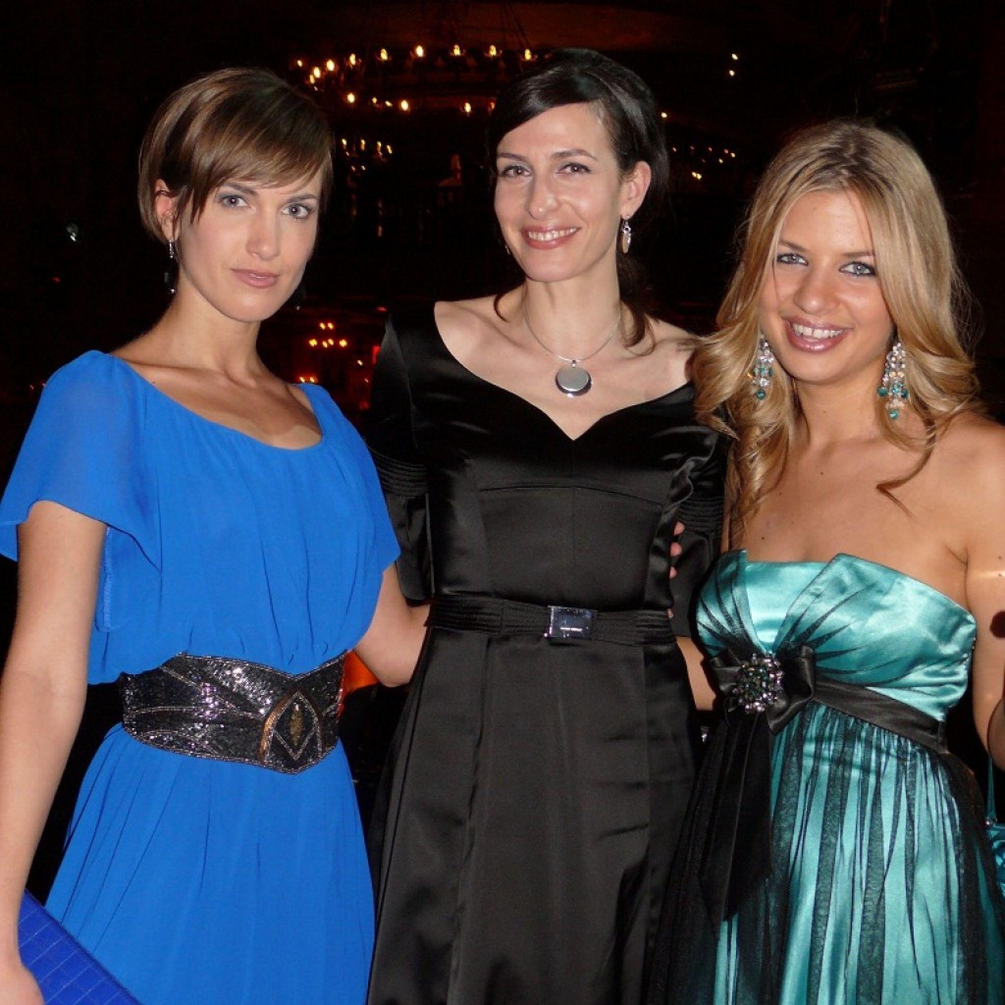 https://www.promiflash.de/news/2011/12/31/diese-ladys-sangen-2011 ...