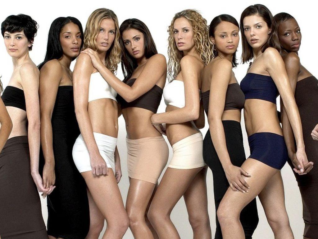 """""""America's next Topmodel""""-Kandidatinnen 2003"""