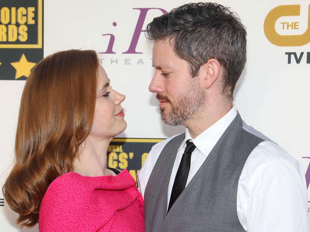 Amy Adamy mit Darren Le Gallo bei den Critics' Choice Awards 2014