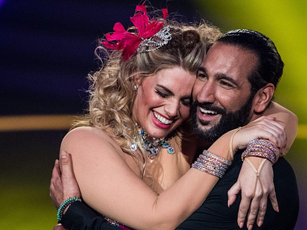 """Angelina Kirsch und Massimo Sinató bei """"Let's Dance"""" in Köln"""