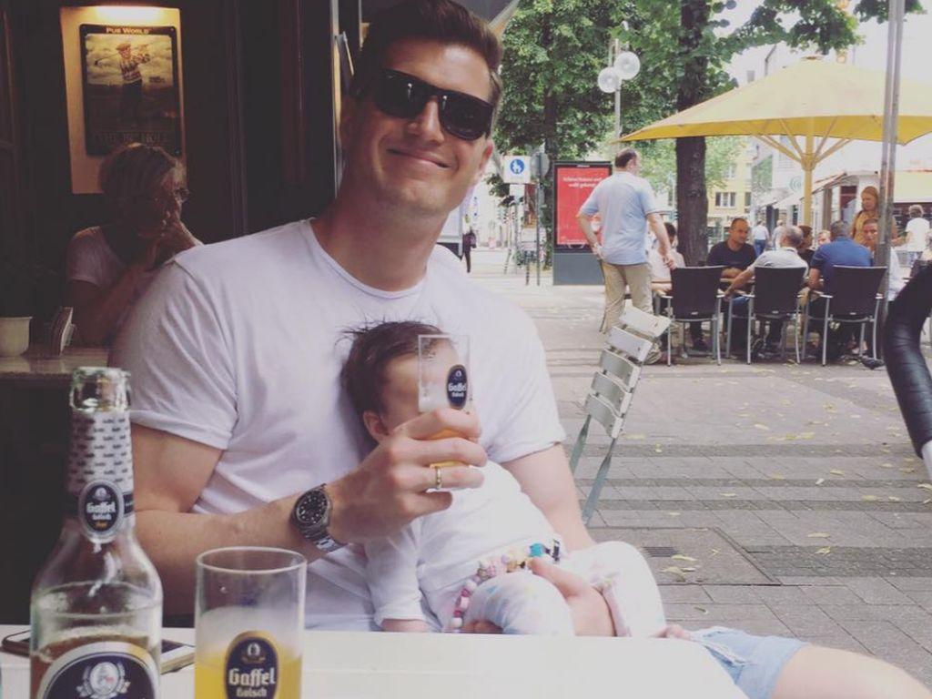 Ania Niediecks Ehemann Chris und ihre gemeinsame Tochter Charlotte