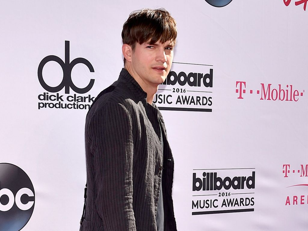 Ashton Kutcher bei den 2016 Billboard Music Awards