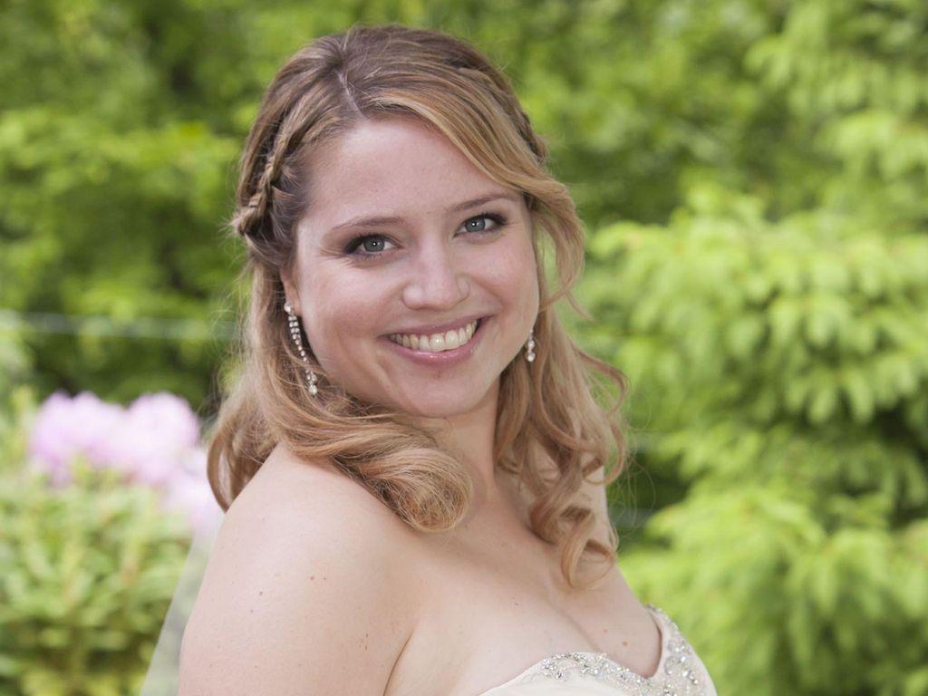 AWZ-Star Caroline Frier: Verlobung nach 4 Monaten