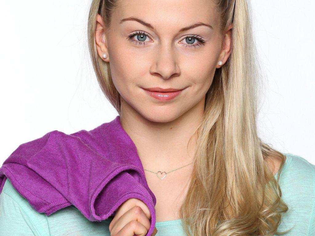 Jenny Bach