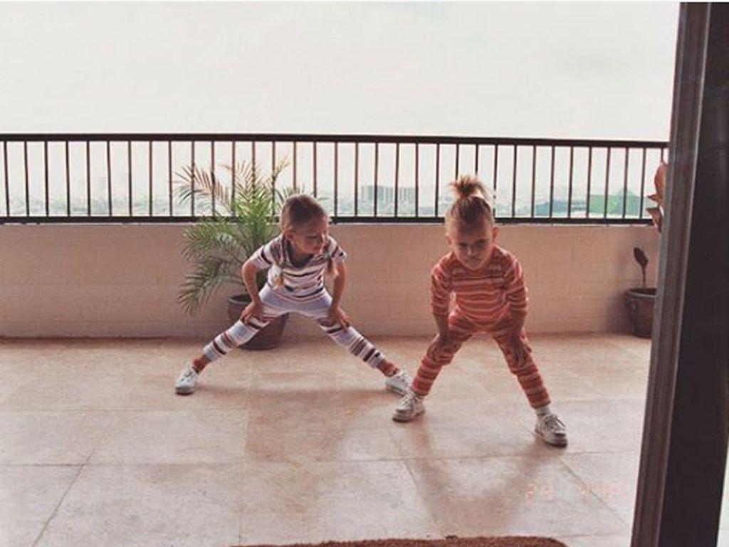 Bella und Gigi Hadid als Kinder