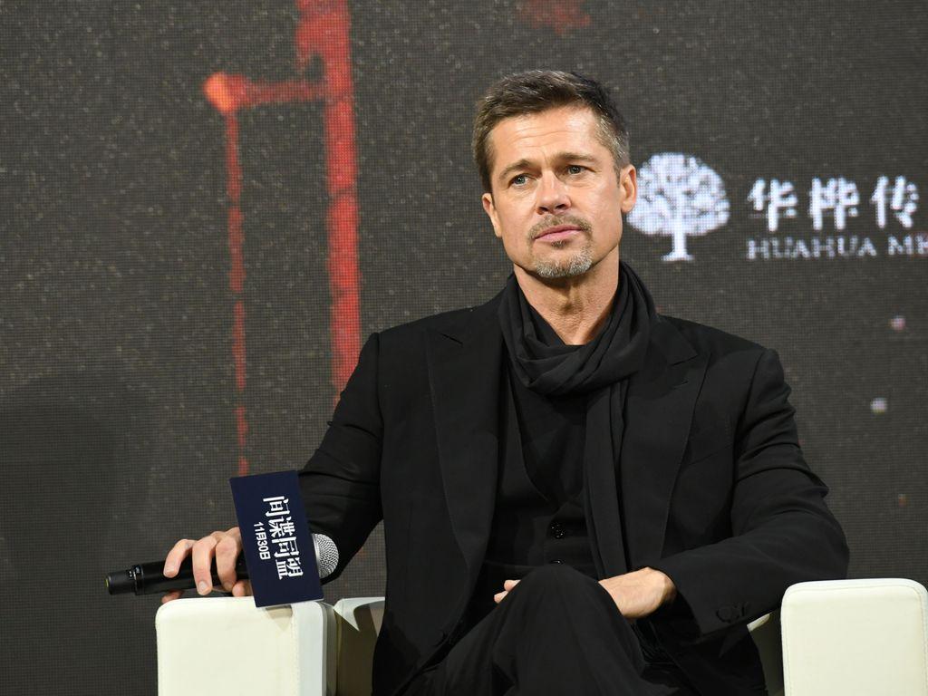 Brad Pitt bei einer Filmpremiere in Shanghai im November 2016