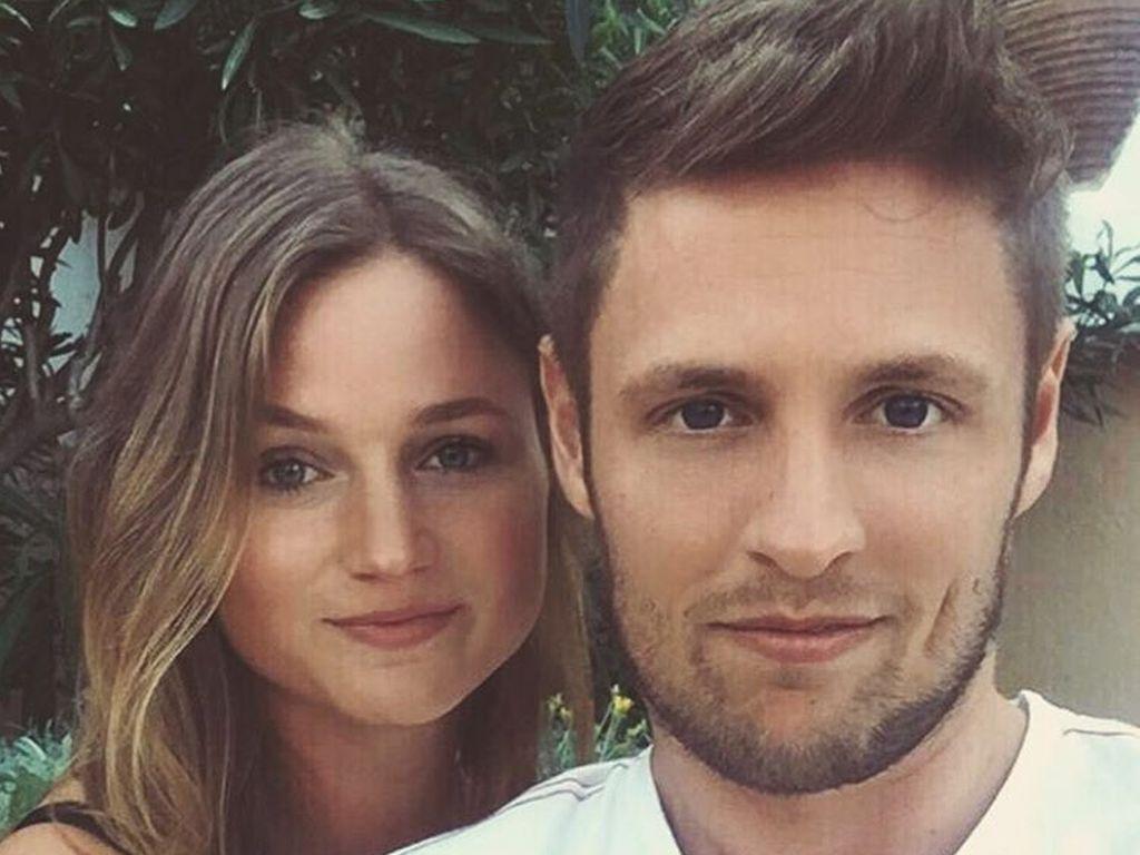 YouTuber C-Bas mit Freundin Ronja auf Mallorca