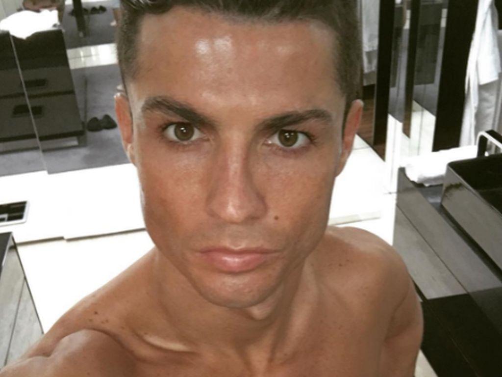 Cristiano Ronaldo, Profi-Fußballer