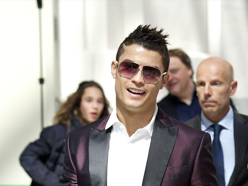 C. Ronaldo pusht Popstar-Karriere seiner Schwester