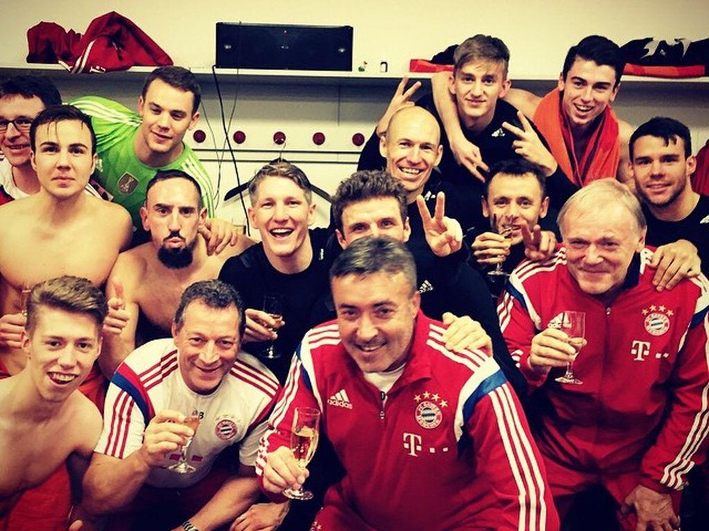Manuel Neuer, Mario Götze, Bastian Schweinsteiger und Thomas Müller