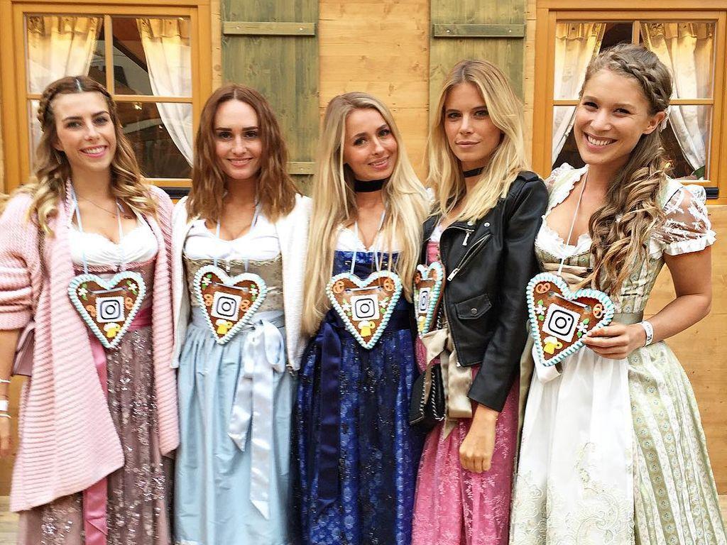 Die Mjunik-Girls beim Oktoberfest