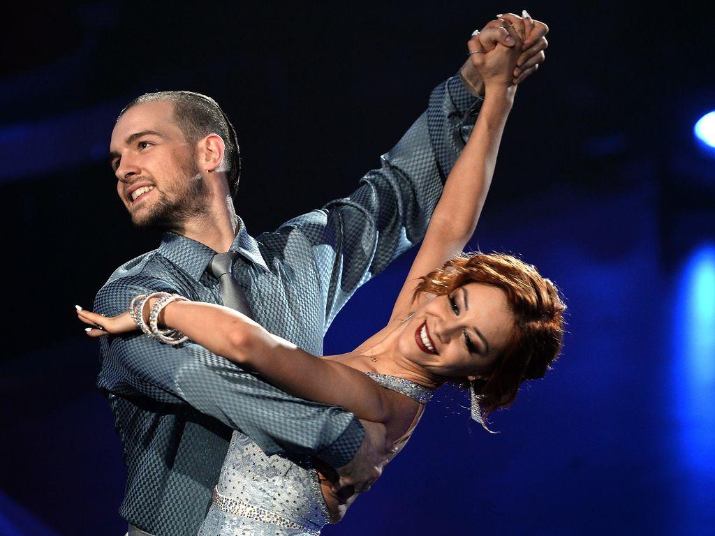 "Eric Stehfest und Oana Nechiti bei ""Let's Dance"""