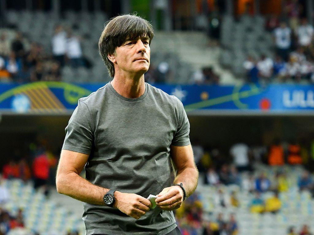Joachim Löw beim 1. Deutschlandspiel der EM 2016 in Lille