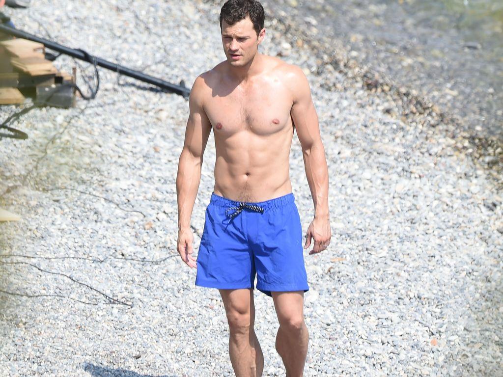 """Jamie Dornan bei den Dreharbeiten zu """"Fifty Shades Darker"""" an der Cote D'Azur im Juli 2016"""