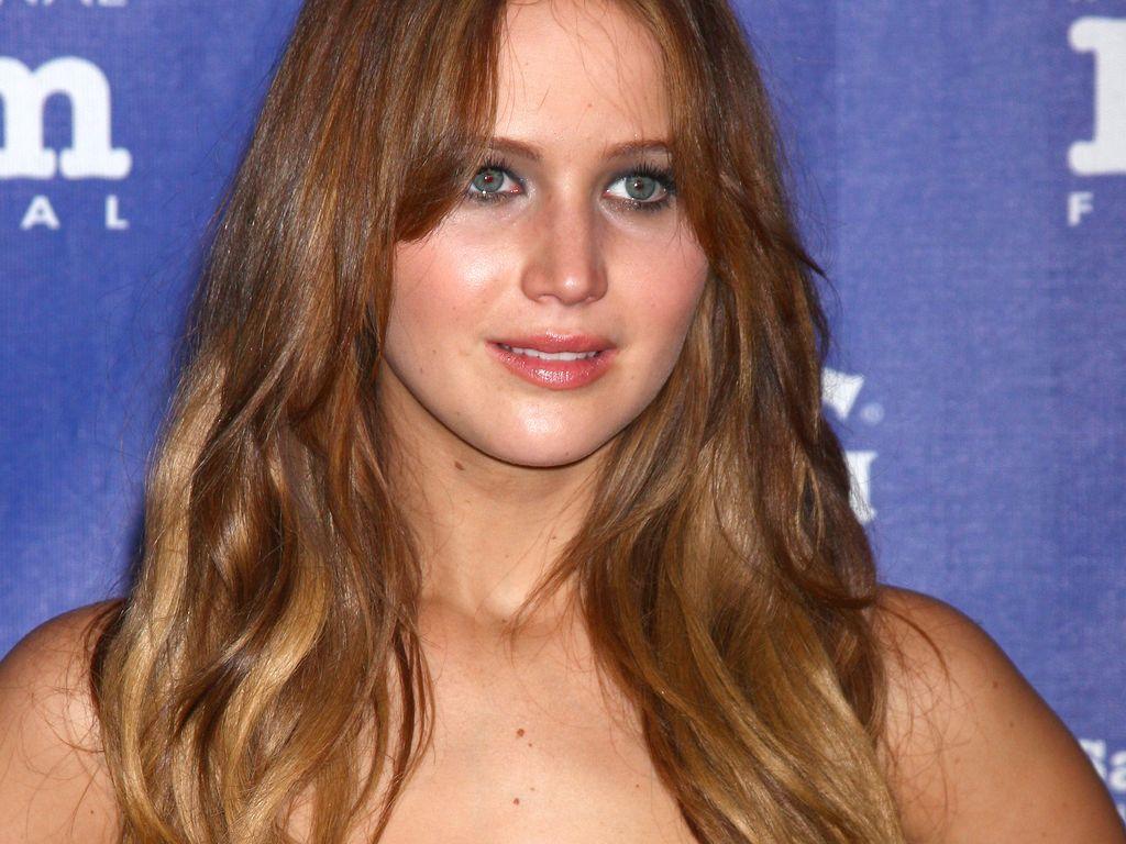 Jennifer Lawrence: Ich habe ungleich große Brüste