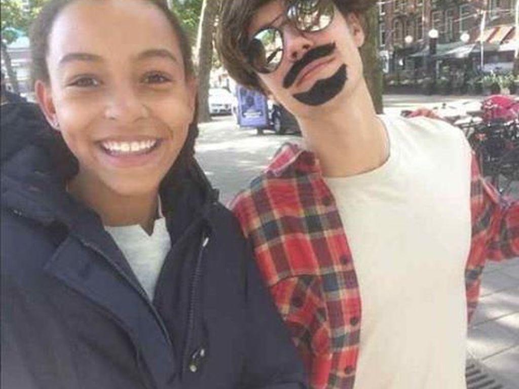 Justin Bieber mit Fan in Amsterdam