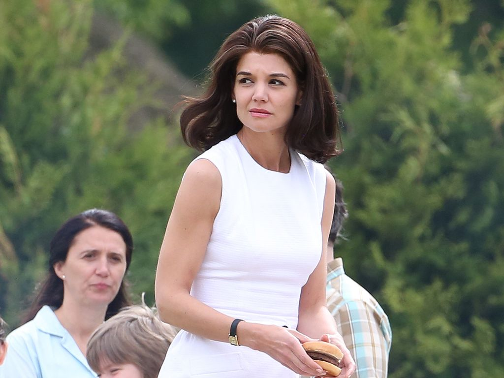"Katie Holmes am Set von ""The Kennedys"""