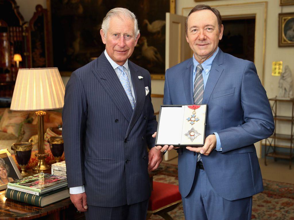 Prinz Charles und Kevin Spacey