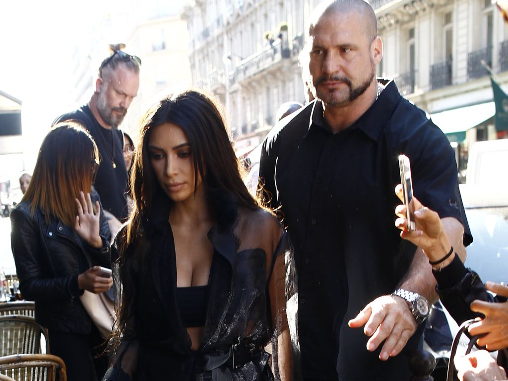 Kim Kardashian und Bodyguard Pascal Duvier in Paris
