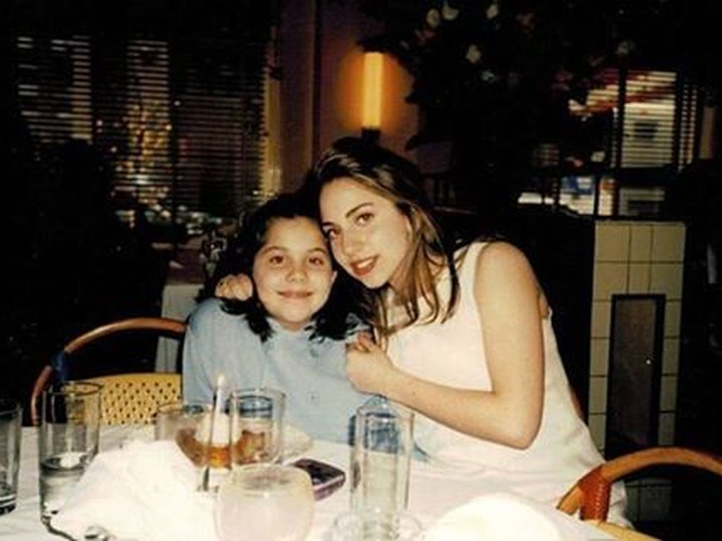 Lady GaGa und Schwester Natali als Jugendliche im Restaurant der Eltern