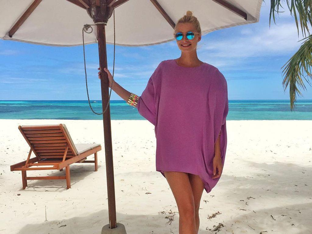 GNTM-Siegerin Lena Gercke am Strand