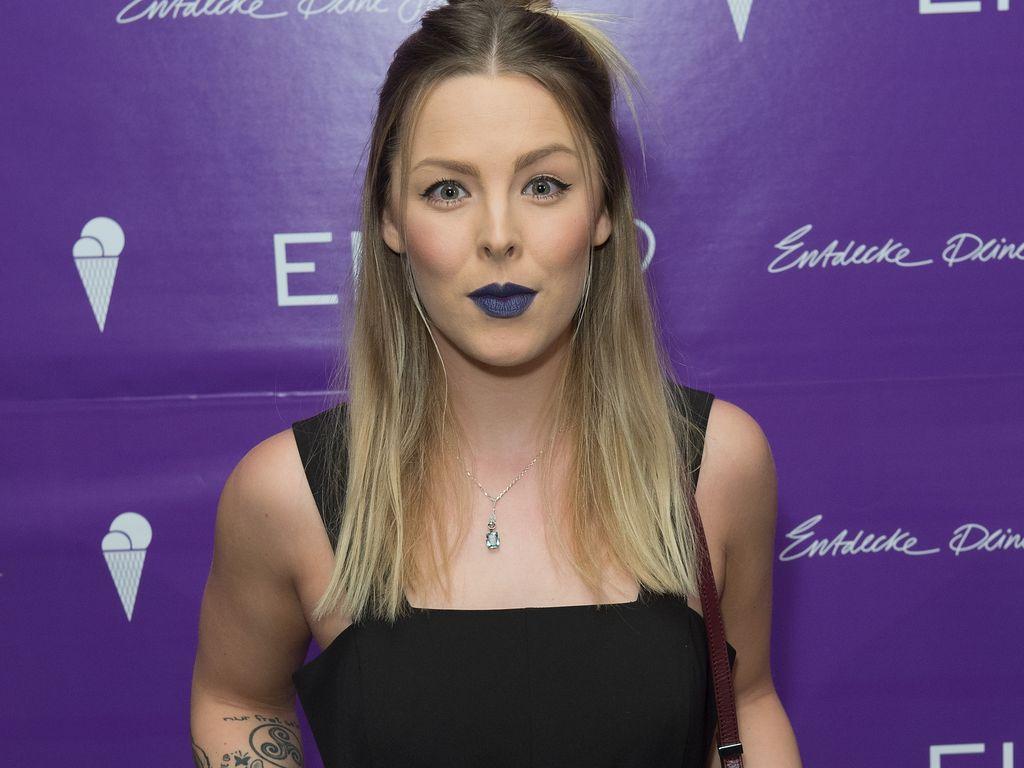 Leonore Bartsch, Ex-Queensberry-Sängerin