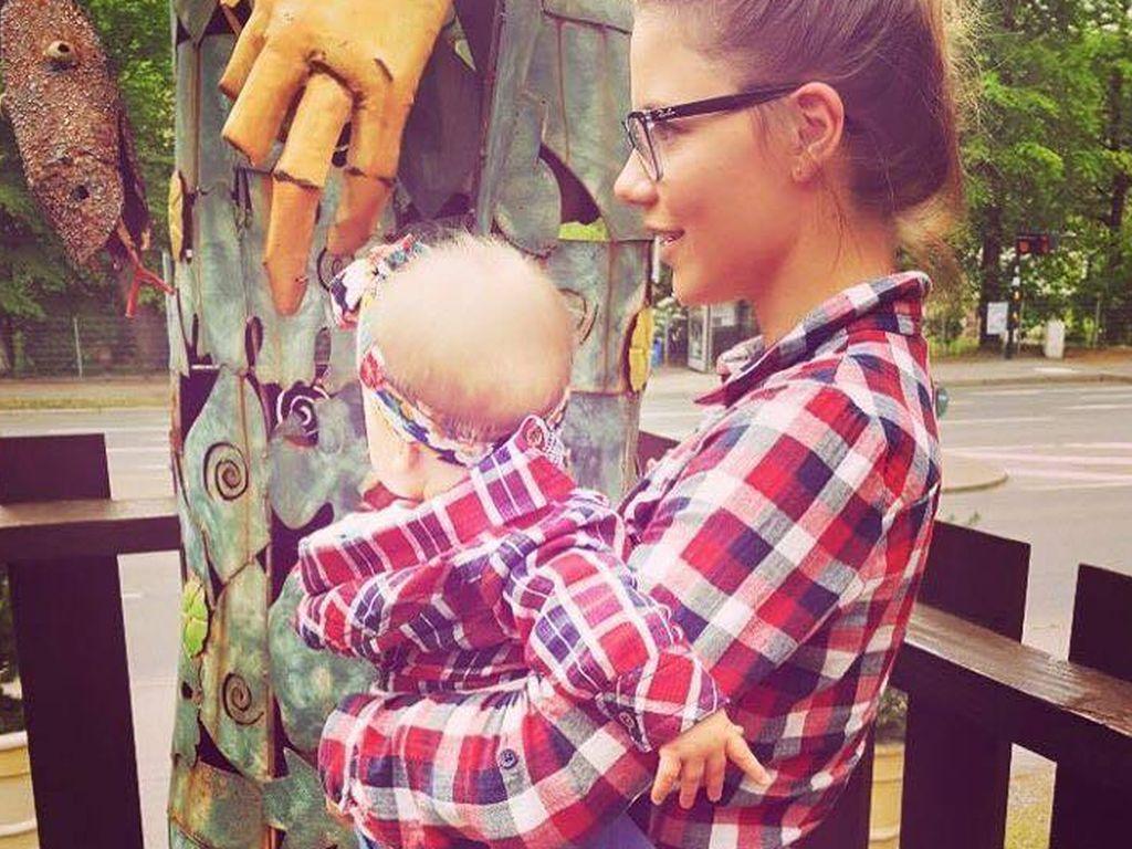 Lisa Wohlgemuth mit ihrer Tochter