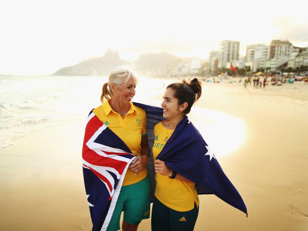 Dressurreiterin Mary Hanna mit der australischen Schützin Aislin Jones