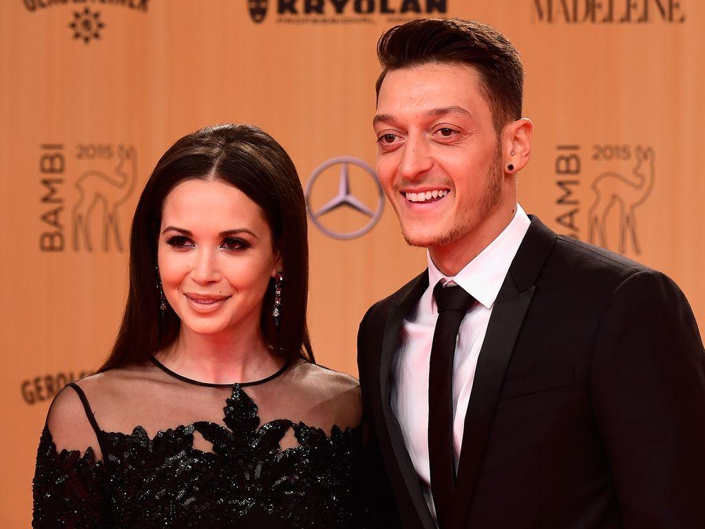 Grace Capristo und Mesut Özil beim Bambi 2015