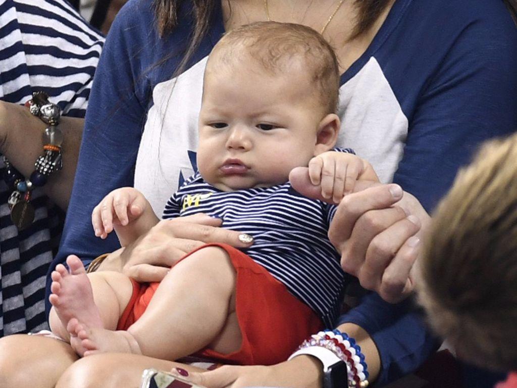 Boomer, der Sohn von Michael Phelps, während Olympia 2016 in Rio