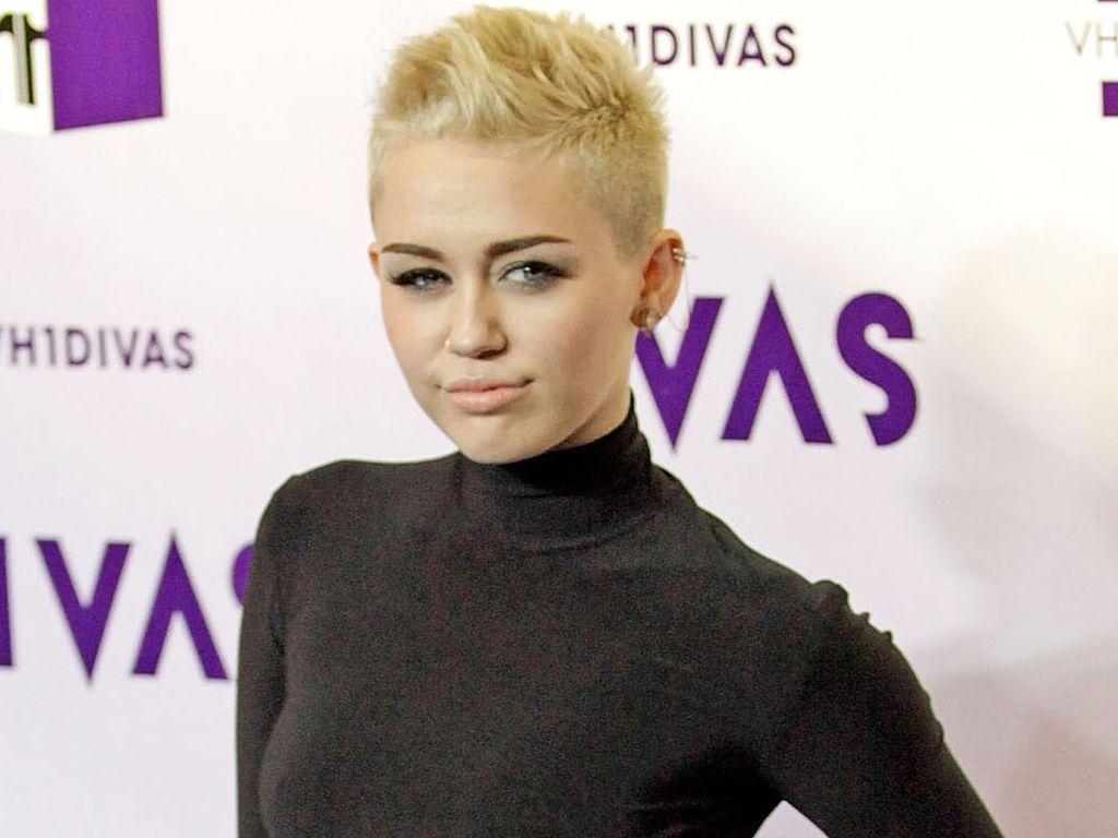 Miley Cyrus bei den VH1 Divas 2012