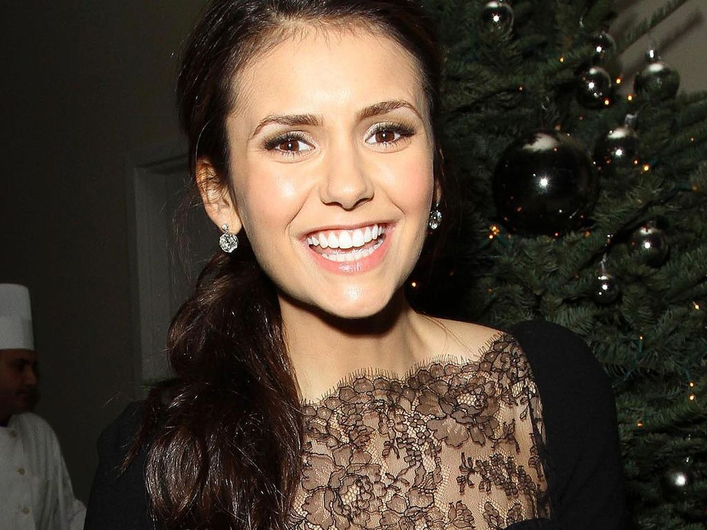 vampire diaries nina dobrev best tigt 4 staffel. Black Bedroom Furniture Sets. Home Design Ideas