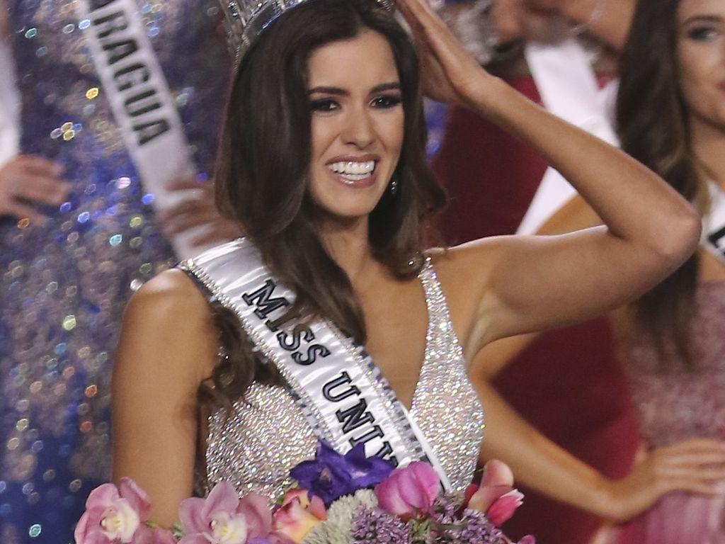 Miss Universe und Paulina Vega