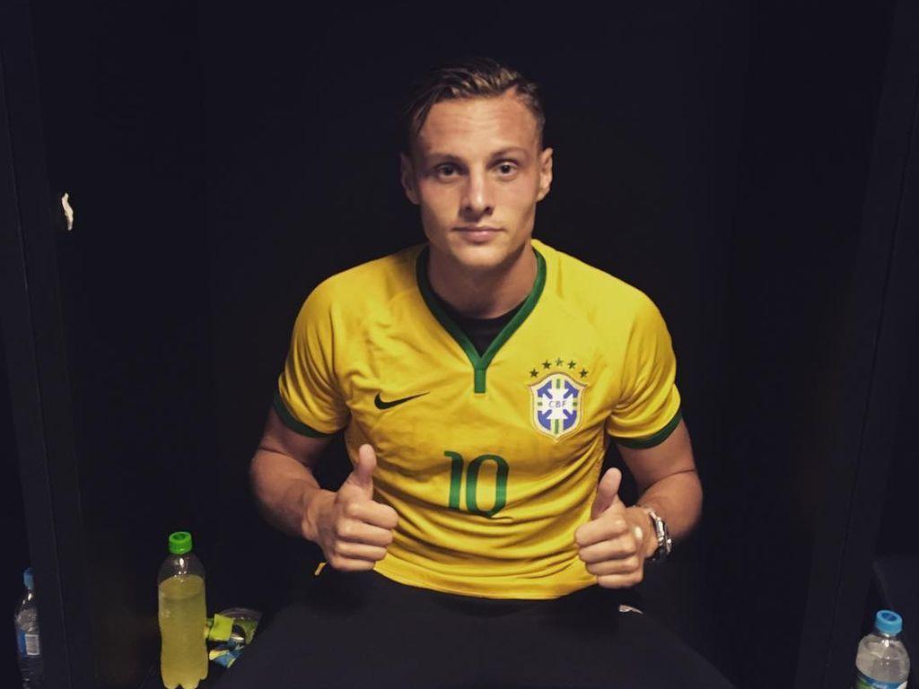 Robert Bauer nach dem Olympia-Finalspiel gegen Brasilien