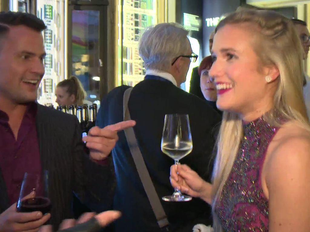 """Rocco Stark mit seiner neuen Freundin Michelle bei der Premiere der """"The One Grand Show"""""""