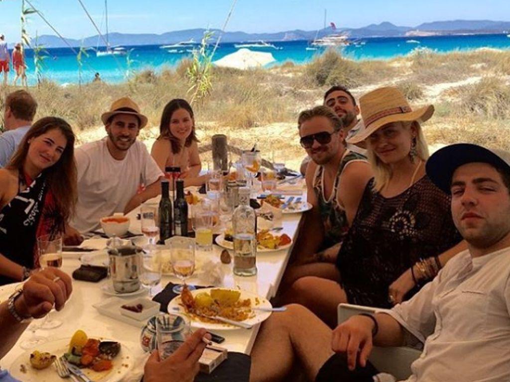 Sarah Connor mit ihrer Familie im Urlaub auf Formentera