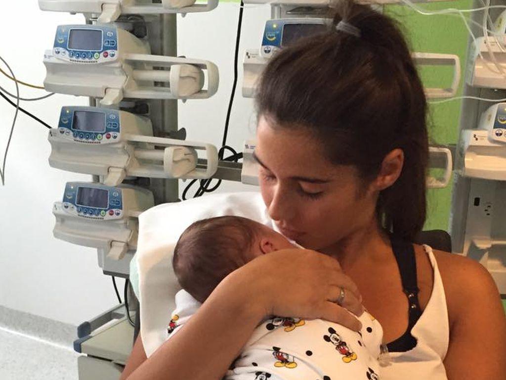 Sarah Lombardi mit Sohn Alessio im Krankenhaus