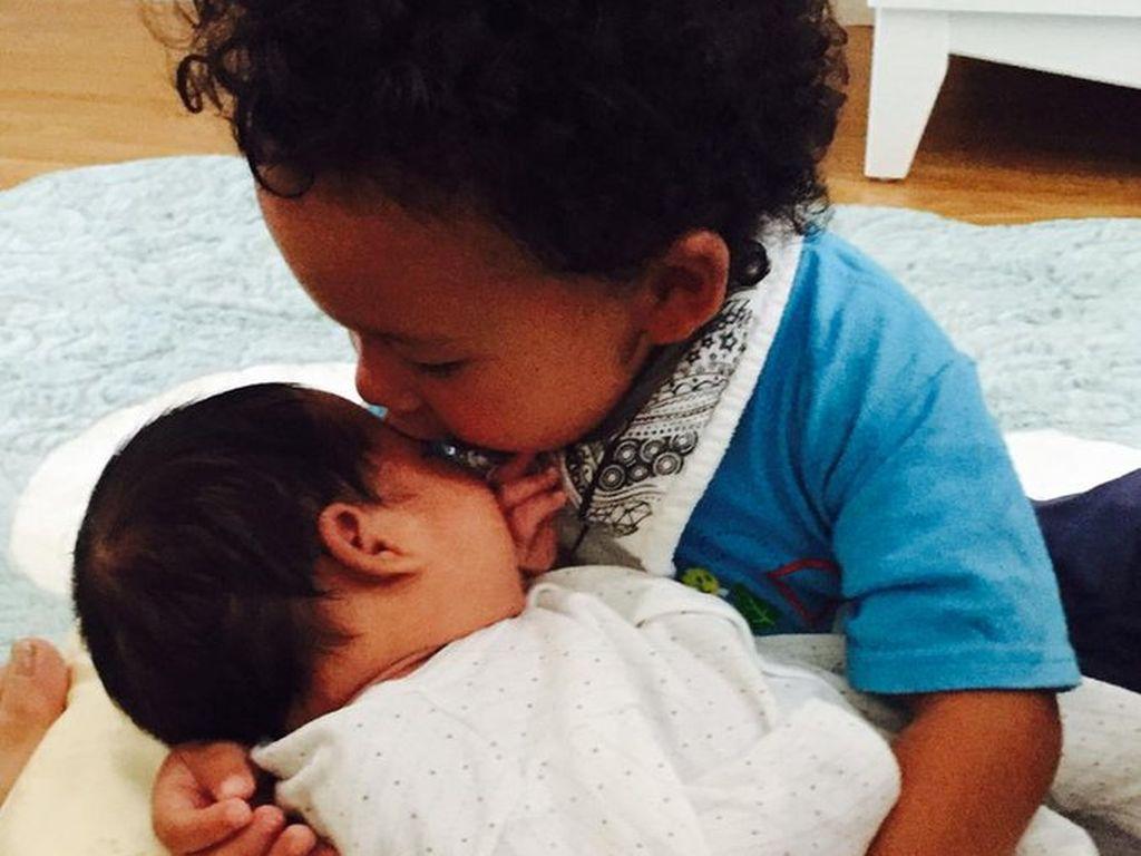 Terrence Howards Baby und Söhnchen Qirin