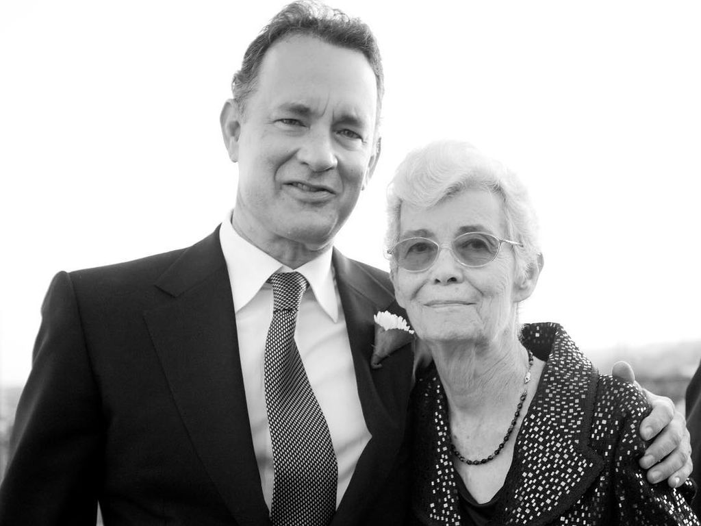Tom Hanks und seine Mutter Janet Marylyn Frager