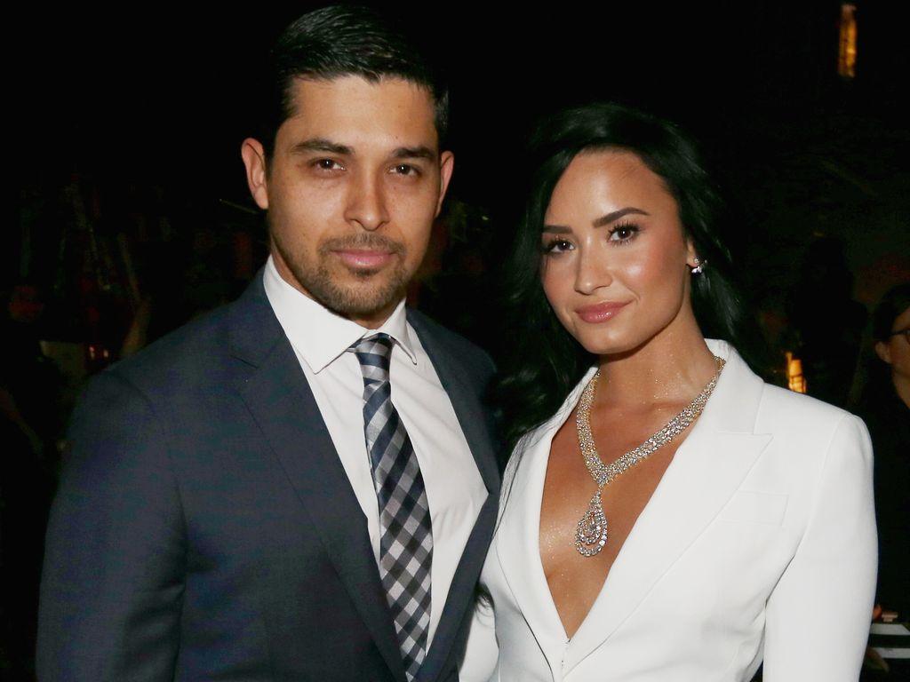 Wilmer Valderrama und Demi Lovato bei der Grammy-Verleihung 2015