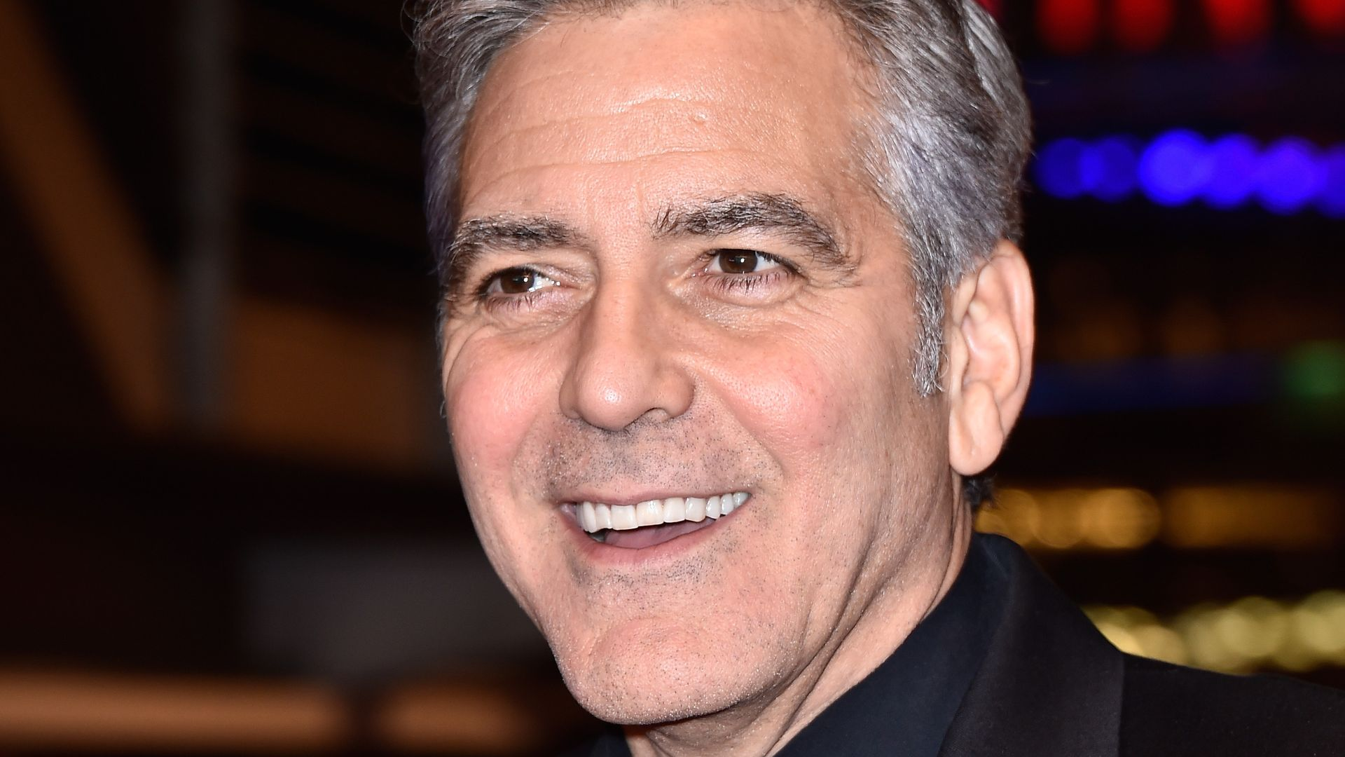 botox konter george clooney steht auf seine falten. Black Bedroom Furniture Sets. Home Design Ideas