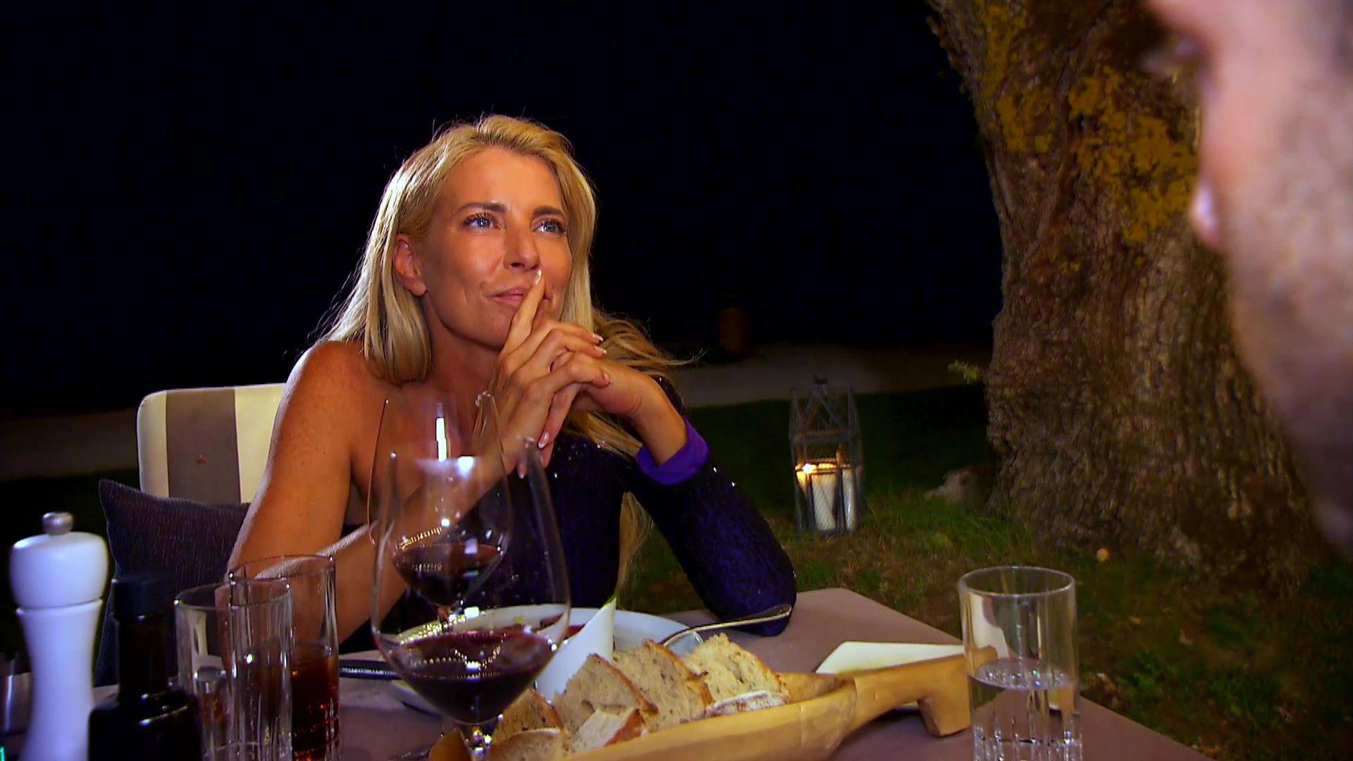Temptation-Date: Giulia lässt sich von Single-Mann
