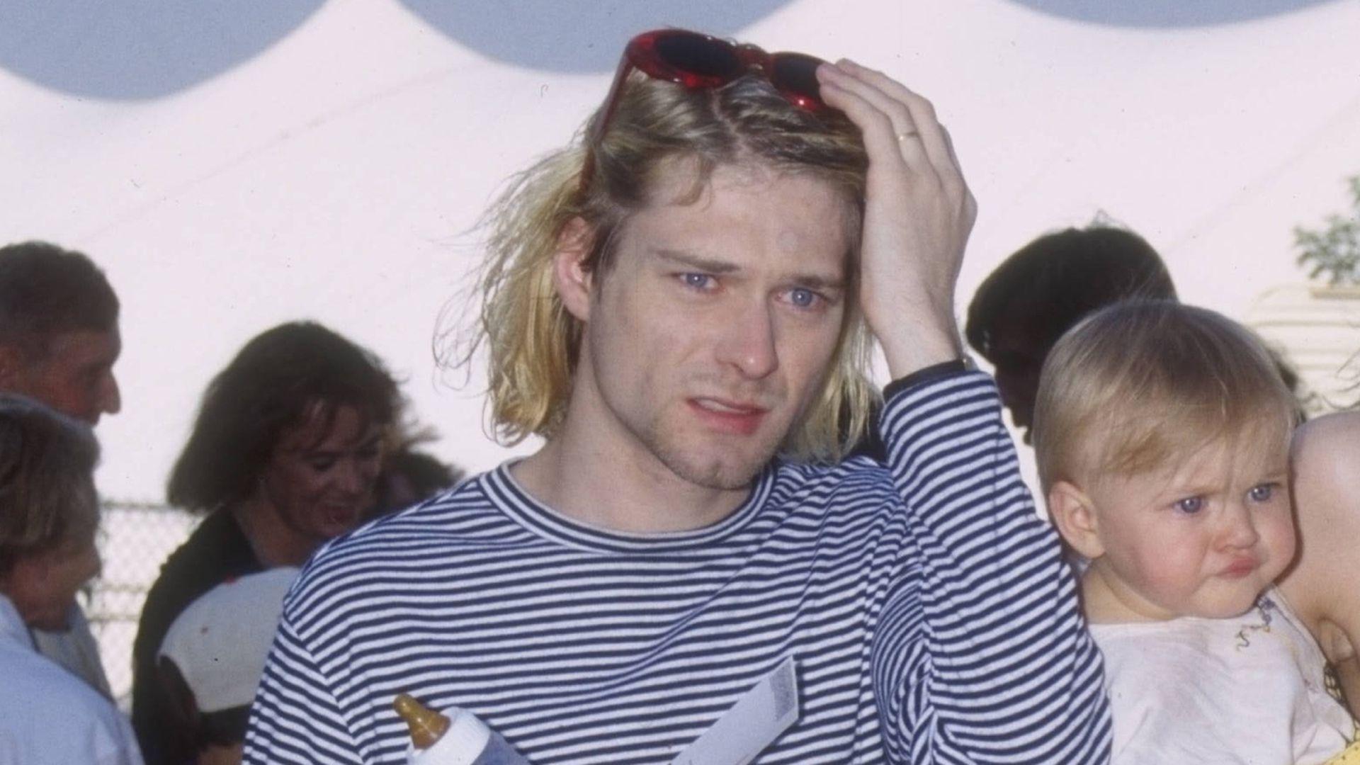 Um Kurt Cobains Tagebücher Zoff Bei Courtney Love Tochter