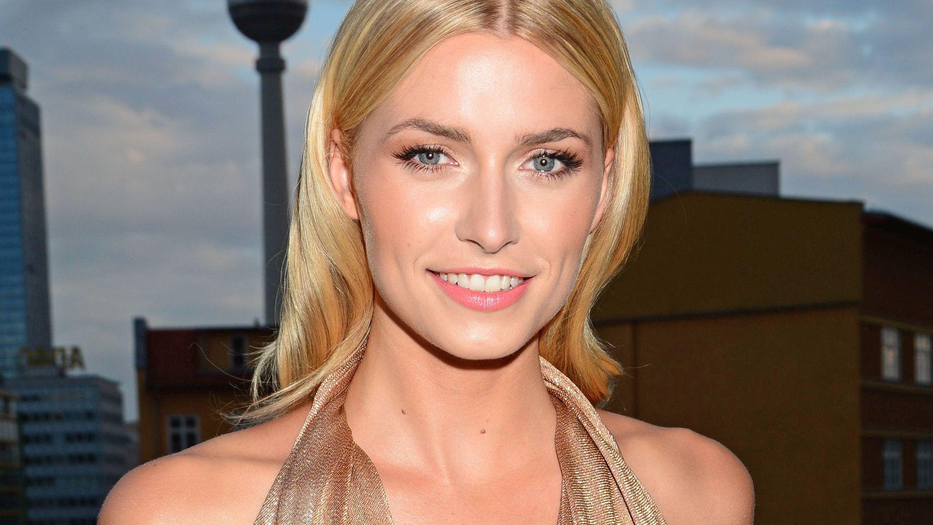 Wieder blond Lena Gercke am Supertalent Set