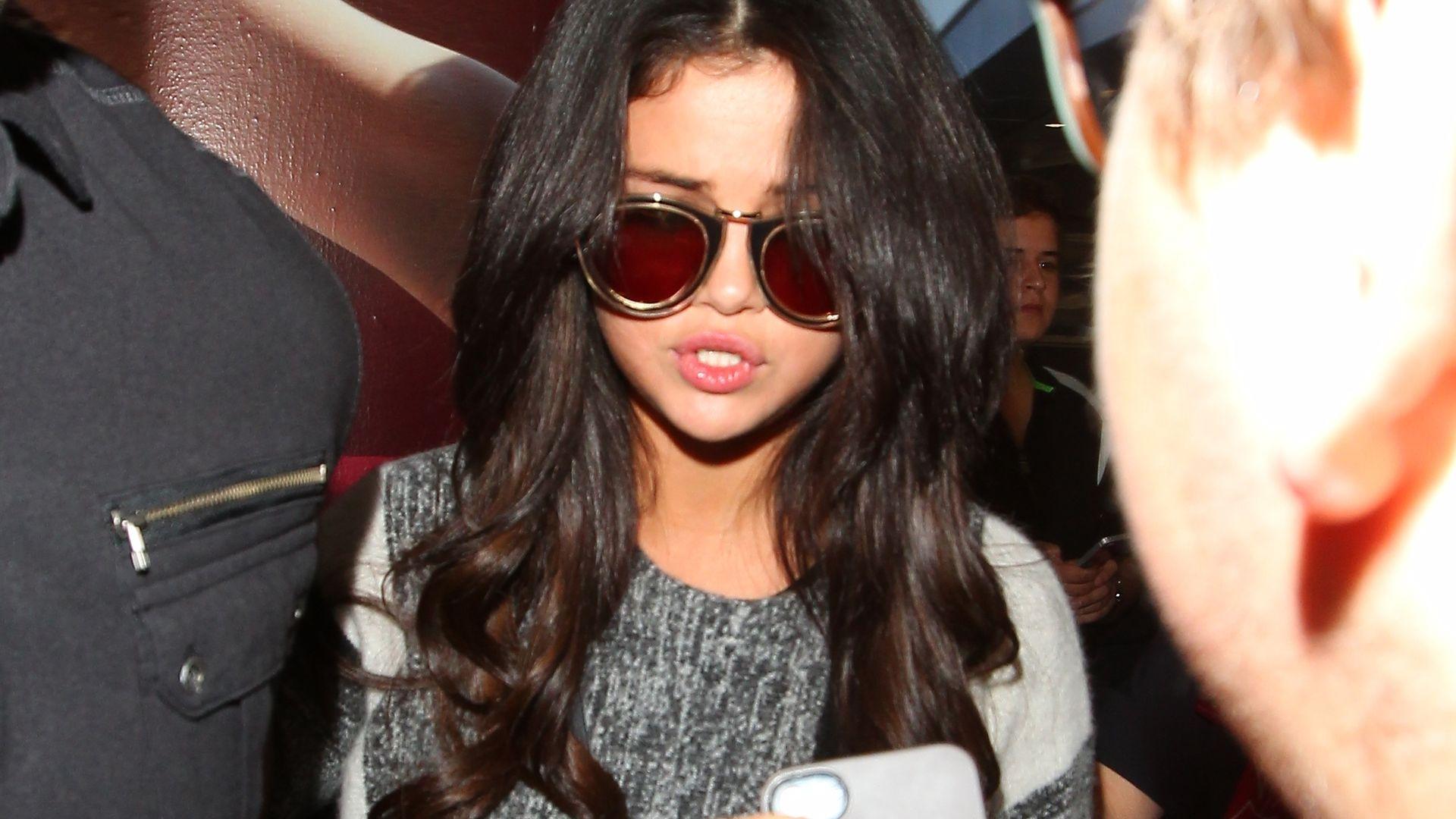 Wie Bitte Selena Gomez Hatte Sex Mit Liam Hemsworth -4175