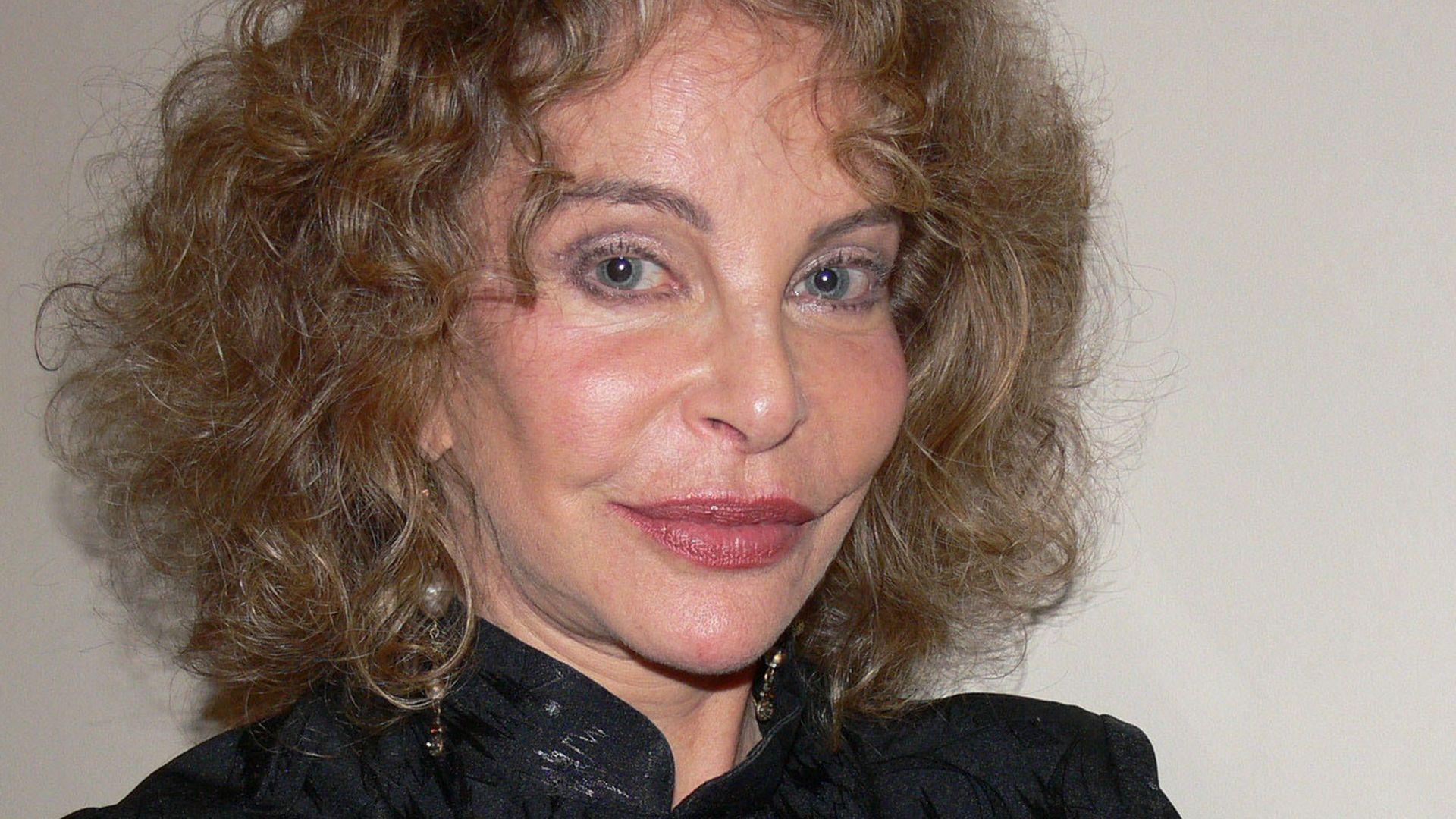 Phyllis Newman Porno pics & movies Dana Wheeler-Nicholson,Christina Hendricks