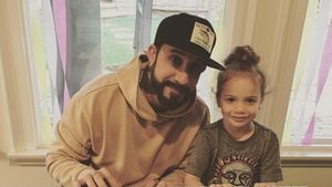Musik-Genie? BSB-AJ McLeans Tochter (4) eifert Papi nach